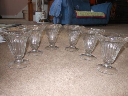 6 VINTAGE JEANETTE RIBBED FLARED TOP TULIP  ICE CREAM SUNDAE GLASSES, 1970
