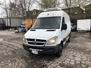 2008 sprinter 3500 reefer and 2500 reefer both as is