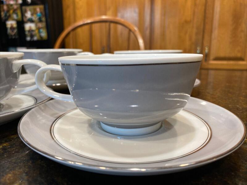 Set of 4 Easterling China Majestic Cups & Saucers Gray Platinum Bavaria Germany