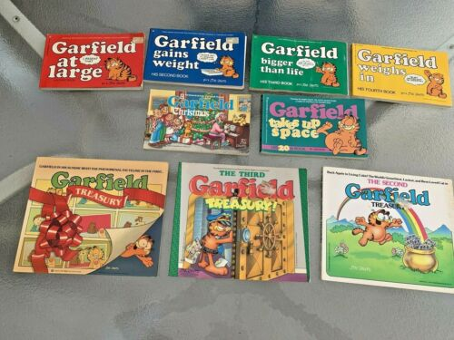 Vintage Lot Of 9 Garfield Soft Cover Books By Jim Davis