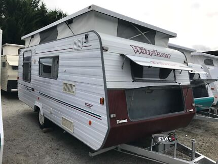 1998 Windsor Trustar Poptop - Isl Double - Rollout Awning