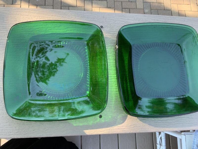 4 Set of 4 Vintage Anchor Hocking Emerald Green Glass Square Plates Free Shippin