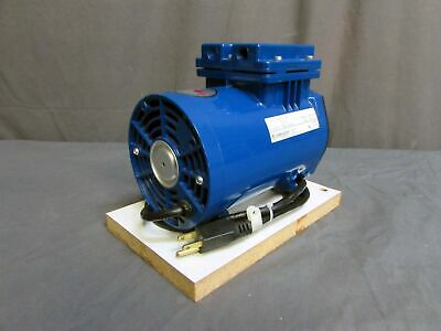 Thomas Industries Model 607ca22-870a Piston Air Vacuum Compressor Pump