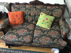 Vintage italian couch