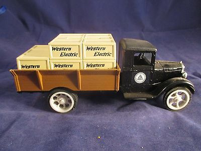WESTERN ELECTRIC BELL SYSTEM FREIGHT TRUCK DIE CAST COIN BANK ERTL