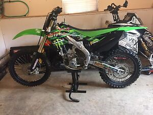 2013 kx250f with papers/ new top end