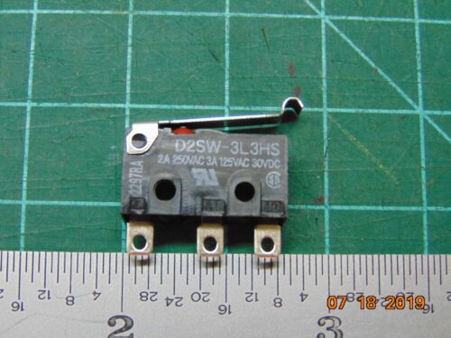 Omron D2SW-3L3HS Simulated Roller Lever SPDT Sealed Microswitch 3A@125VAC IP67