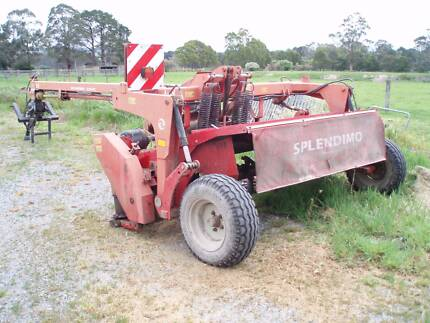 Hay mower Lely 320PC conditioner