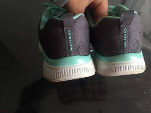Sketchers memory foam ladies shoes