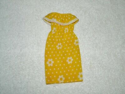 1979 Mattel Barbie Best Buy Yellow & White Flower Summer Dress #1352 - Buy Yellow Dress