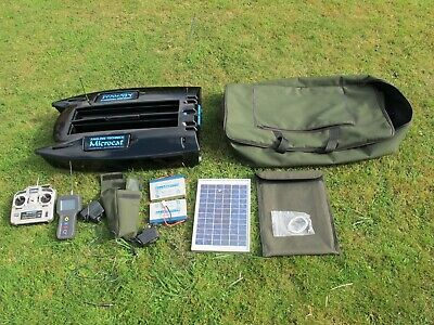 Angling Technics Microcat bait boat with echo sounder and AT solor panel