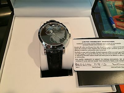 Movado Automatic Limited Edition North America Planisphere NIB Red Label 0606566