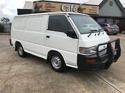 2002 Mitsubishi Express Van/Minivan Underwood Logan Area Preview