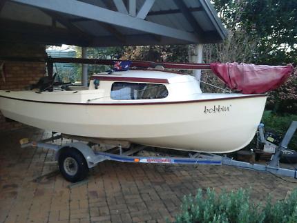 Hartley trailer sailer