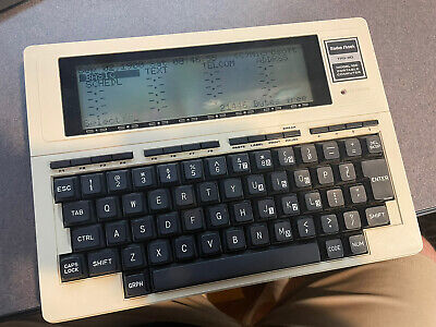 Radio Shack TRS-80 Model 100 Portable - Tested Working - Beautiful Condition