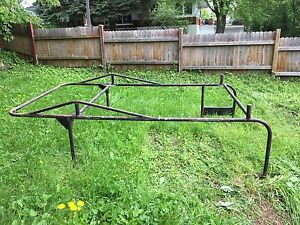 Boat Rack for 8 foot box.