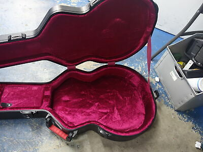 ACOUSTIC GATOR HARD SHELL  GUITAR CASE