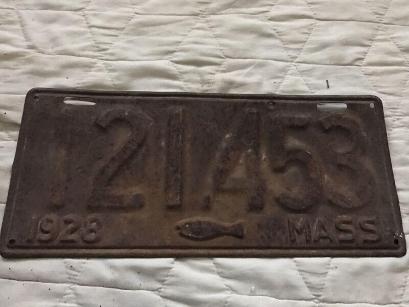 1928 Massachusetts License Plate 121453