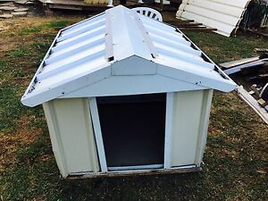 large Dog house Quakers Hill Blacktown Area Preview