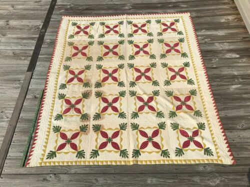 Antique Museum Quality Applique Quilt Sawtooth Red Green Mustard and White