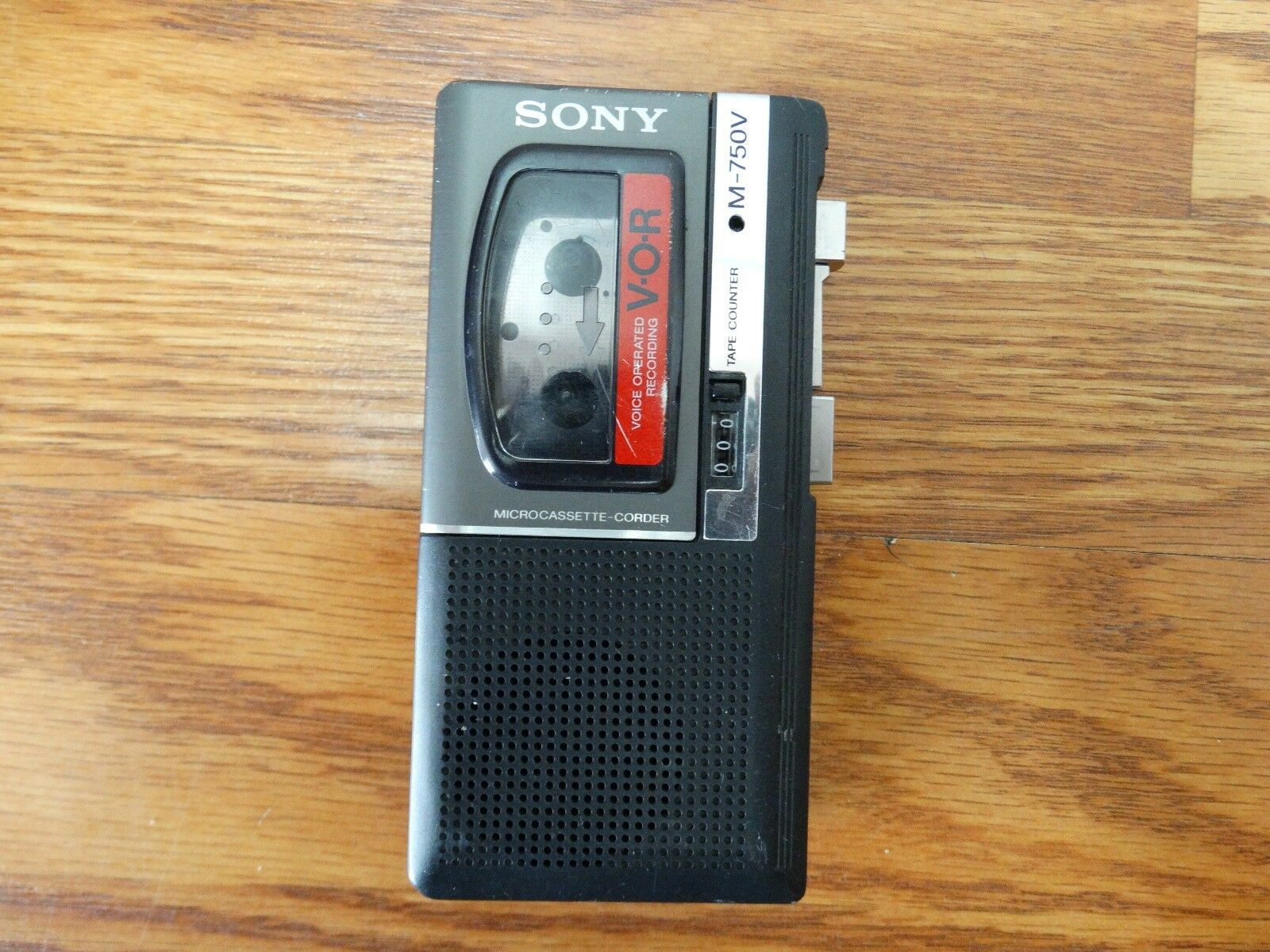 Sony M-750V Microcassette Voice Recorder Player V-O-R Mini For Parts Not Working