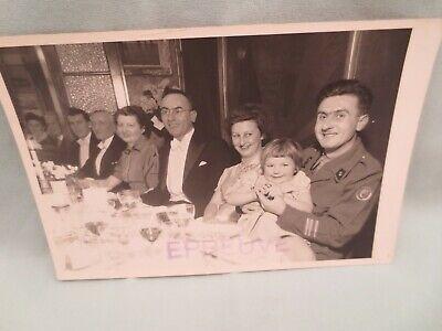 Ancienne Photo  Militaire en famille décembre 1952