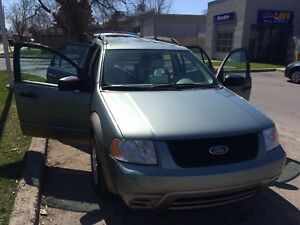 2005 Ford freestyle 3500$