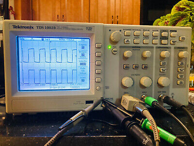 Tektronix Digital Storage Scope Tds1002b 60mhz Bw 2 Ch Scope Probes Manuals