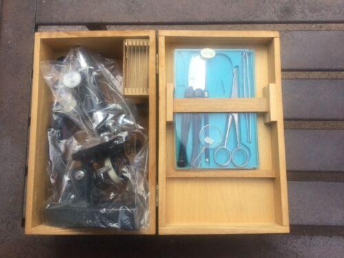 Vintage Microscope Monolux No. 6030 100X-750X zoom with Original Box