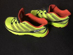 Salomon Size 4 Running Shoes