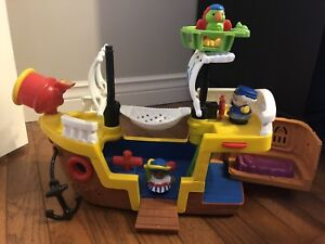 Fisher Price Little People Lil' Pirate Ship