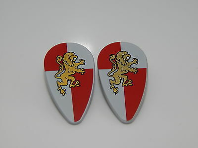 Lego Minifigure Lot Of 2 Shield Ovoid with Gold Lion on Red and White Quarters (Lion And Shield)