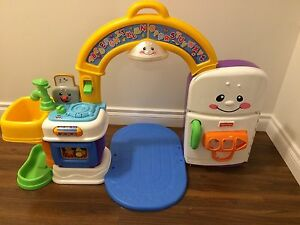Fisher Price 2 in 1 Learning Kitchen