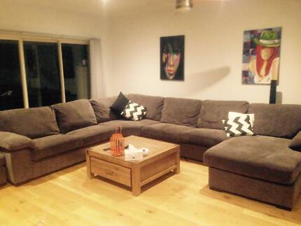 HUGE 10 SEATER COUCH WITH PULL OUT SOFA BED - MAKE AN OFFER Coburg Moreland Area Preview