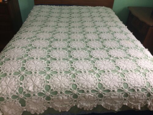 """Crochet bedspread top or large tablecloth 82x 62"""" crafts"""