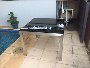 Glass dining table Sorrento Joondalup Area Preview