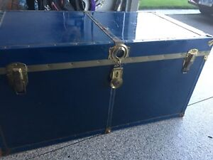 Old style trunk