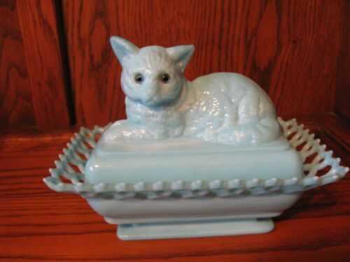 RARE Westmoreland  Blue Milk Glass Cat on Reticulated Nest w/ Blue Glass Eyes!