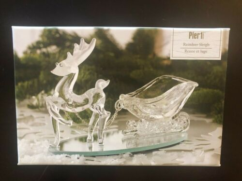 Vintage Pier 1 Imports Clear Glass Christmas Reindeer and Sleigh EUC with box