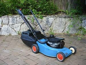 VICTA 'DELUXE' MOWER - 2 STROKE  - FULLY SERVICED - RUNS WELL North Narrabeen Pittwater Area Preview