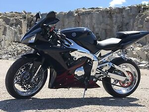 2003 Yamaha r1 custom **REDUCED PRICE**