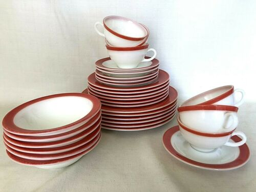 6 VTG Red White PYREX 5 Piece Place Settings Dishes Plate Cup Bowl Complete Set