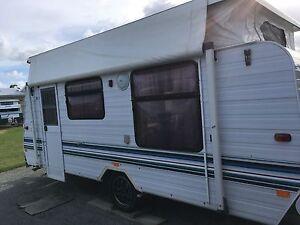 "1995 Jayco Dove 17.5 "" Caravan Beaconsfield Mackay City Preview"