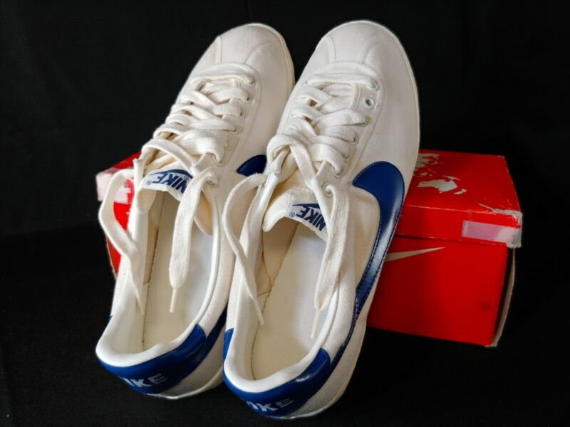 Vintage Nike 3 pointer Original 81-82 Low Top Canvas New Never Worn In Box RARE