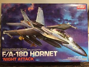 Plastic Model Kit F/A-18D Hornet