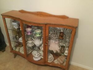 Beautiful bow fronted china cabinet with interior mirror Gympie Gympie Area Preview