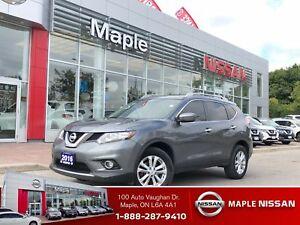 2016 Nissan Rogue SV AWD-Roof, Alloys, Clean Carproof!