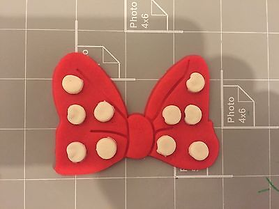 Minnie Mouse Bow Cookie Cutter Set](Minnie Mouse Bow Cookie Cutter)