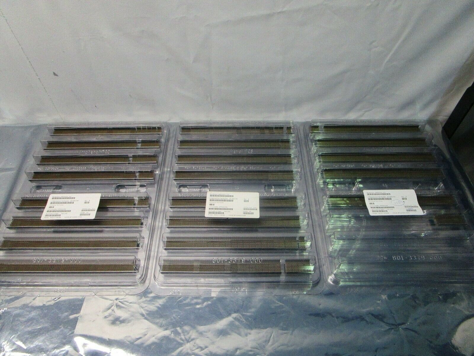 1 Lot of 532 Amphenol TCS 951-400C-70H Xcede Backplane Connectors, 102323