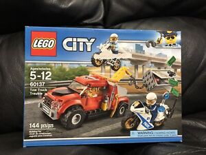 LEGO City- Tow Truck Trouble- 60137